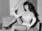 Mini_20131206_inq_svrbet06-b-betty-page