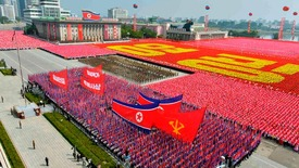Thumb_north-korea-parade-001
